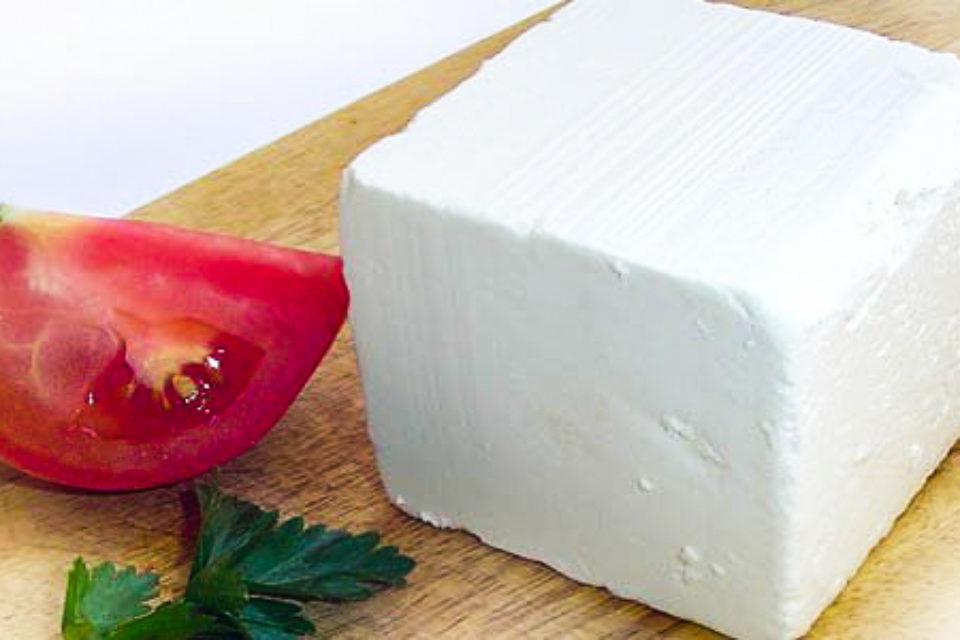 Издават наръчник за добрите хигиенни практики при производството на фермерско сирене скоро в България